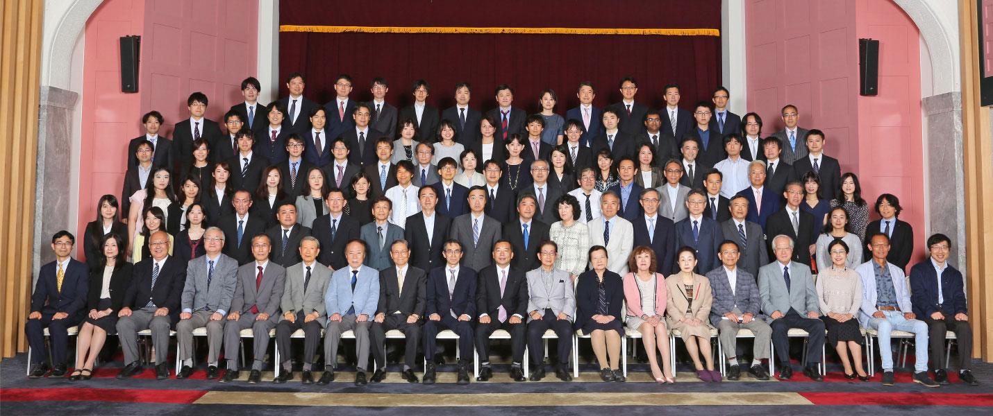 東京大学眼科学教室医師活躍支援プロジェクト(眼科学教室 集合写真)